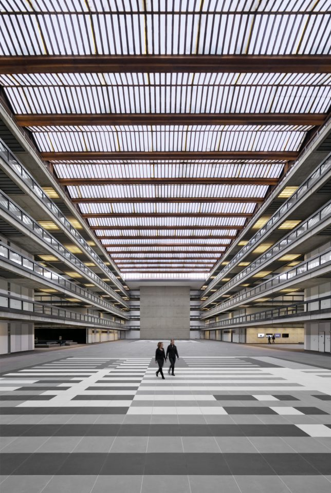Interior view of the Bell Works, New Jersey (Michael Moran/Alexander Gorlin Architects)