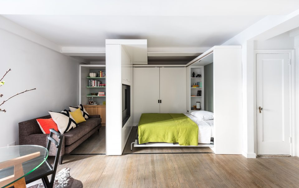 Interior view of Five to One Apartment, New York (Michael K Chen Architecture).