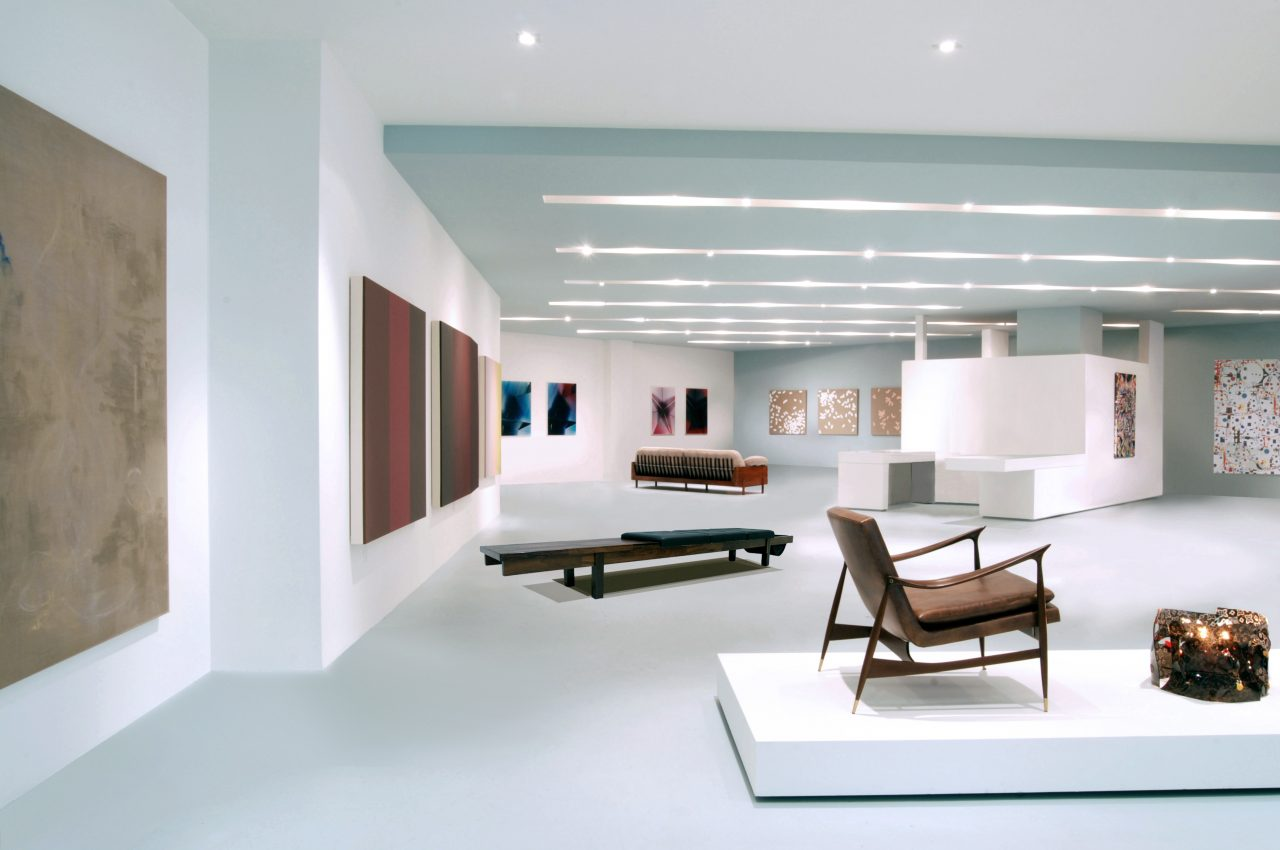 Interior view of ESPASSO Gallery, New York (Architecture in Formation).