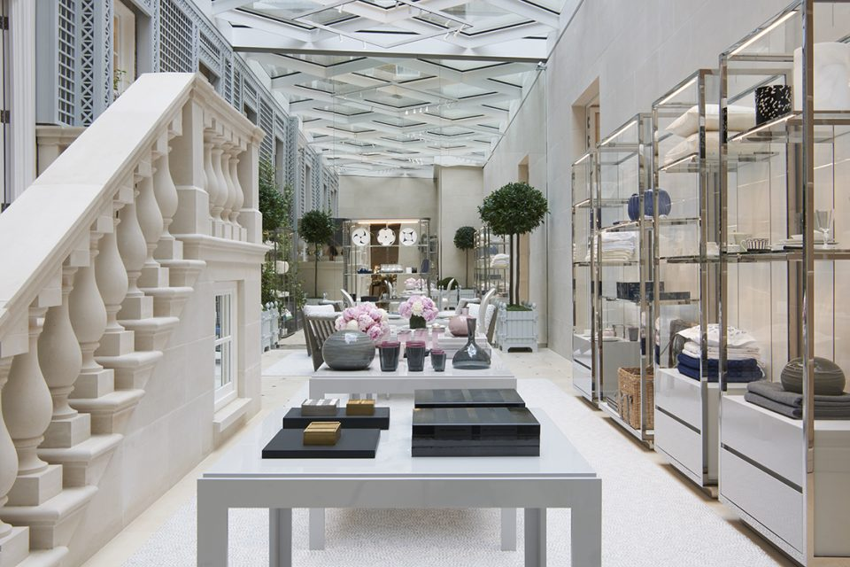 Interior view of Dior London (Peter Marino Architect).