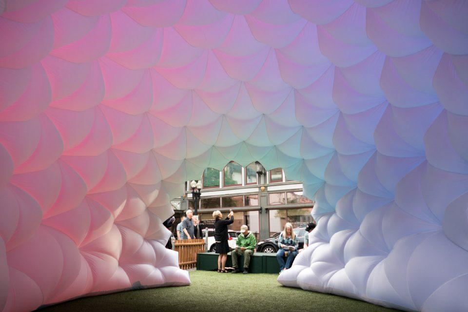 A multi-color balloon enclosure
