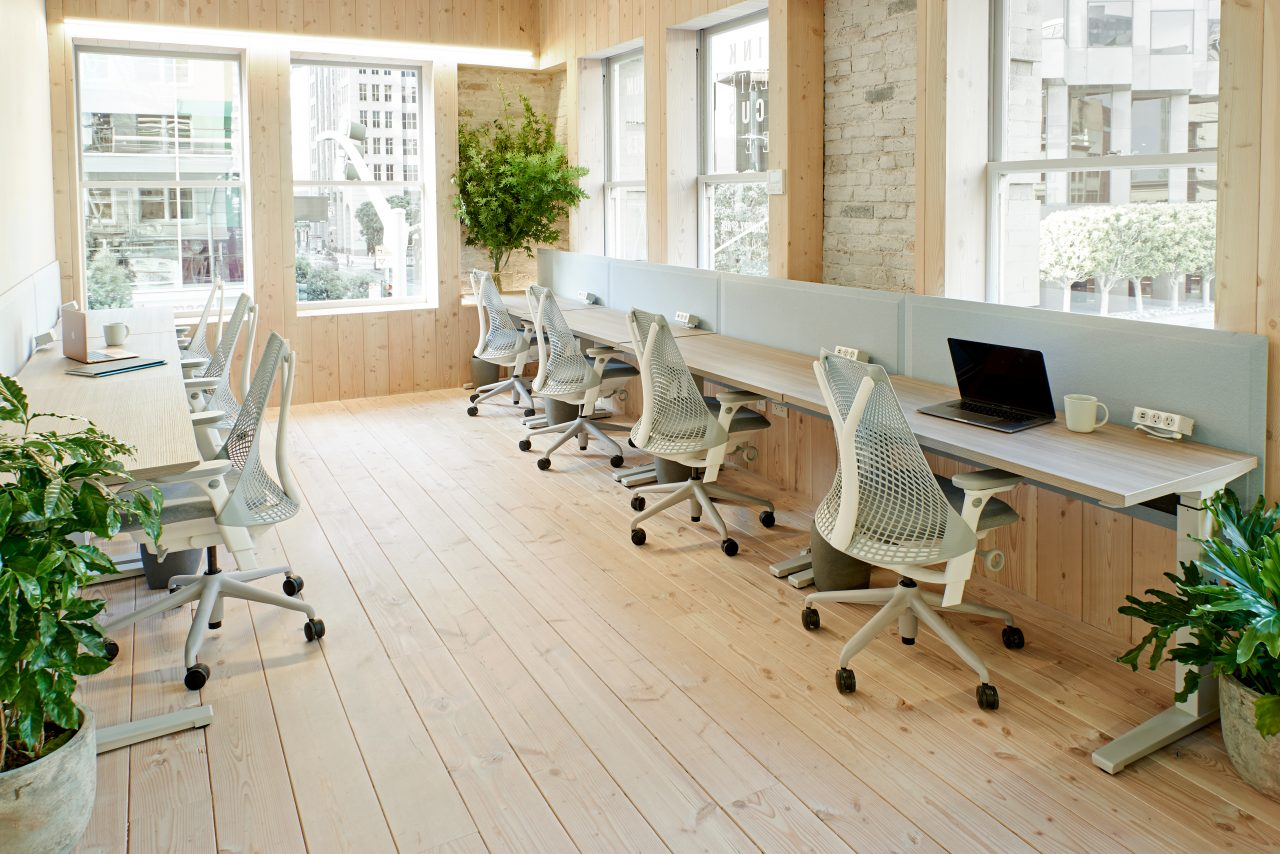 Offices are outfitted with Yves Behar-designed Sayl Chairs and Renew Sit-to-Stand Tables by Brian Alexander by Herman Miller. (Ben Kist)