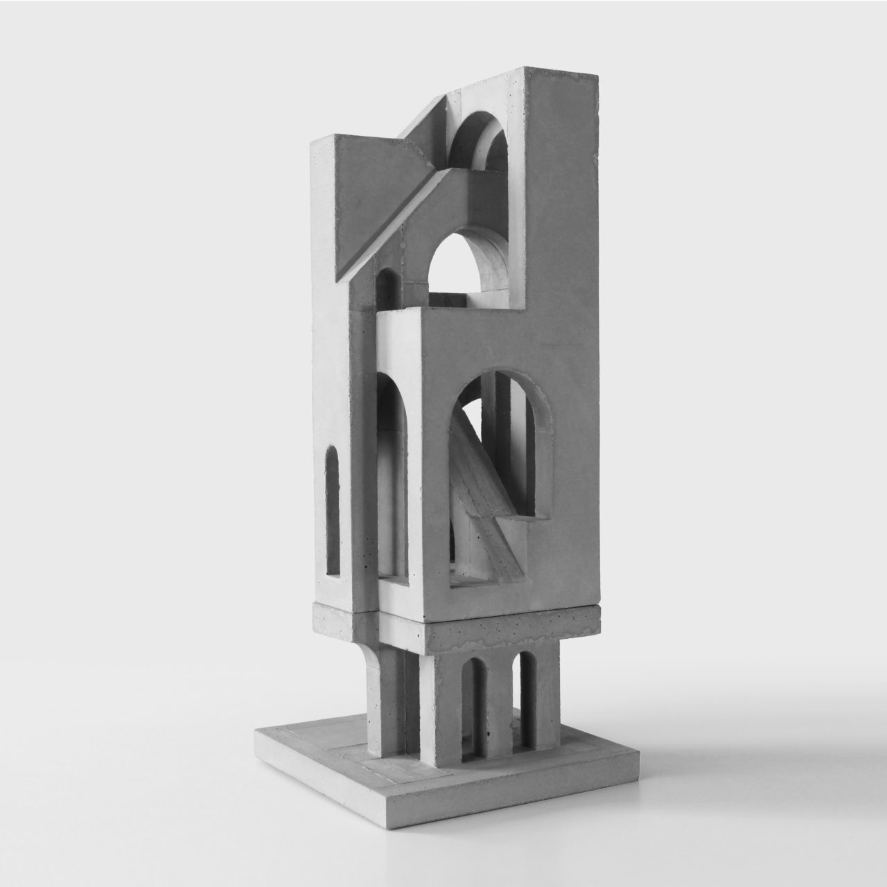 image of a medium sized architectural sculpture